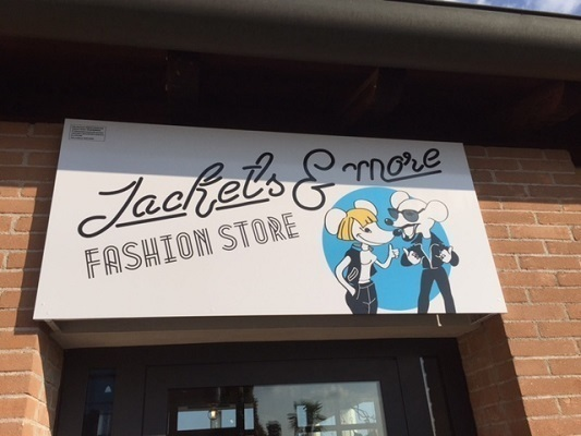 Abbigliamento Jackets e More Fashion Store