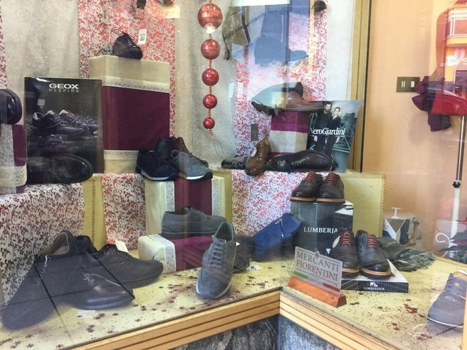 Punto Scarpa a Lariano (RM) | Pagine Gialle