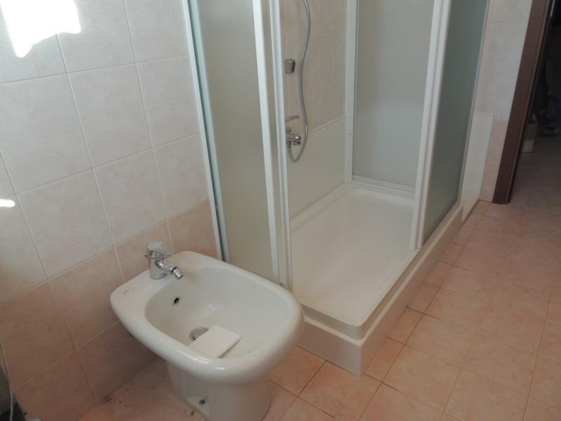 Rifacimento Vasche Da Bagno Bergamo : Urso pietro bagno accessori e mobili milano paginegialle