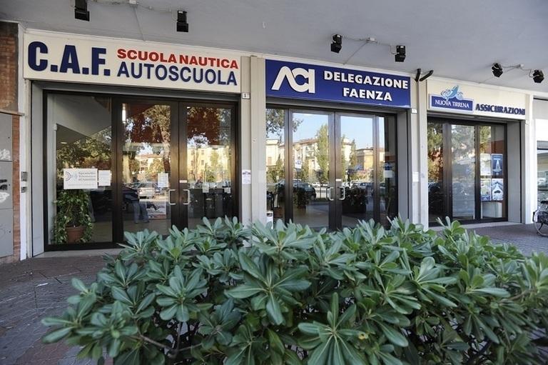 Ufficio Casa Via Zanelli Faenza : Agenzia immobiliare faenza società vendite immobiliari