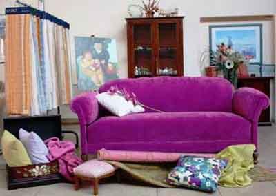 Extrò Tessuti - Poltrone e divani - vendita al dettaglio Monza ...