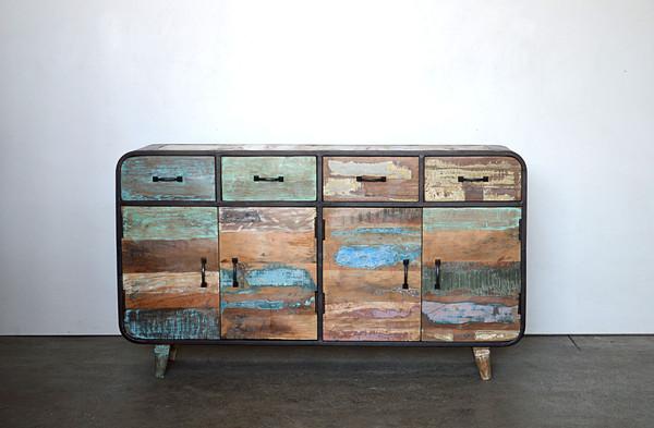 Produzione Mobili In Legno Riciclato : Soggiorno design con i mobili in legno riciclato napol