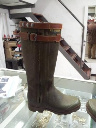 La Perfetta Calzature su misura e calzolai Genova