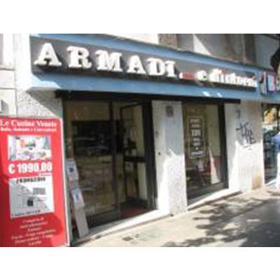 Armadi Guardaroba Roma.Armadi E Dintorni Letti A Scomparsa Mini Cucine Armadi