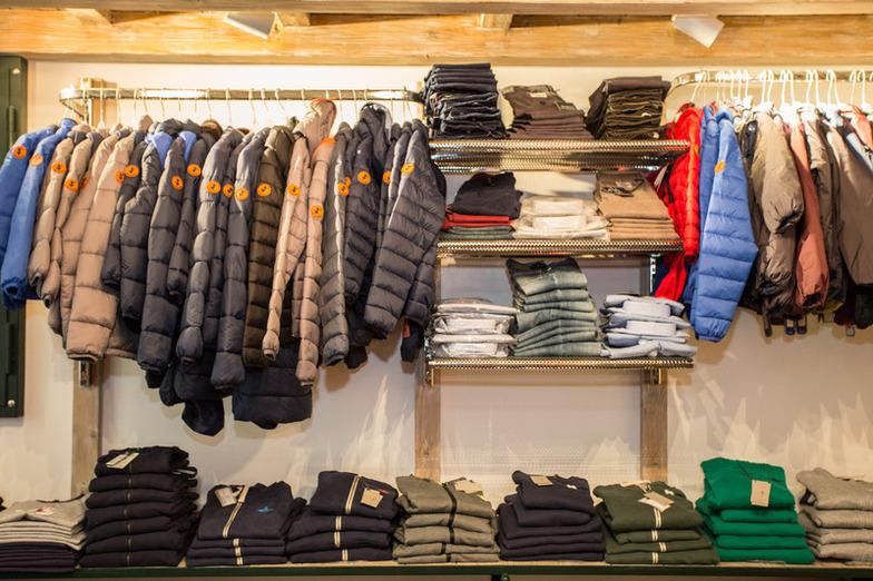 Jeans Sportivo Banchetti Vendita E Sport Abbigliamento Casuals aAqwwtxBz