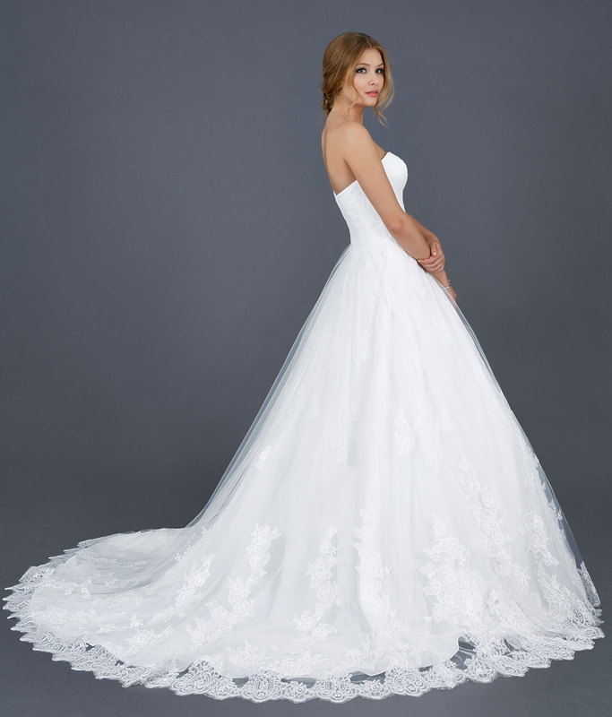 92b3a2c7e37e Atelier della Sposa - Abiti da sposa e cerimonia Repubblica Di San Marino