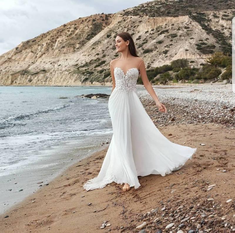 aef7524f42f8 Mina Atelier - Abiti da sposa e cerimonia Taranto
