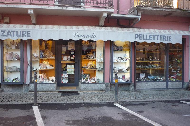 7523614abc8b Giraudo Calzature Pelletterie - Calzature - vendita al dettaglio Caraglio |  PagineGialle.it