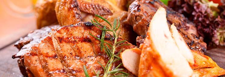 cucinare carne alla griglia