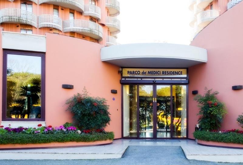 Mobili Da Giardino Casal Palocco : Hotel tv a roma quartiere casal palocco paginegialle