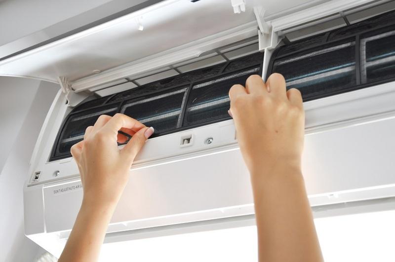 Riparazione Climatizzazione - Reparatur Klimaanlage