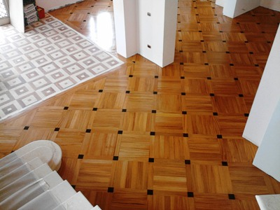 PAVIMENTI E BATTISCOPA IN LEGNO arte parquet