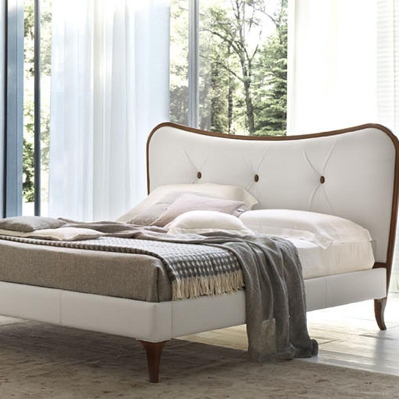 camera da letto classica