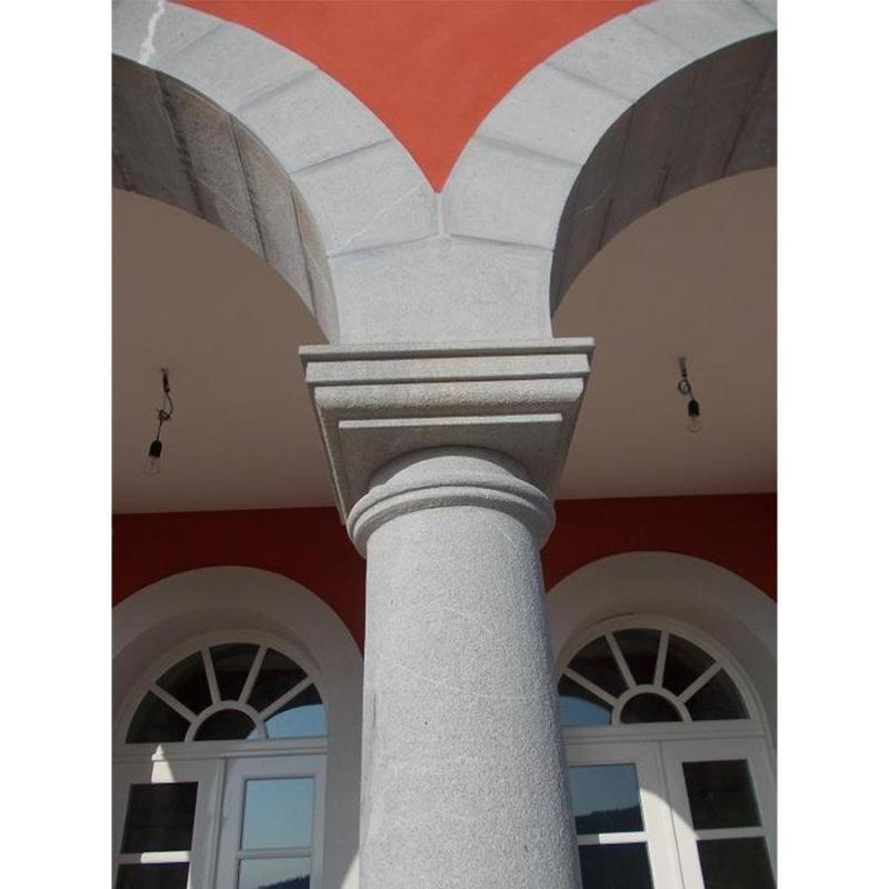 Colonne in arenaria