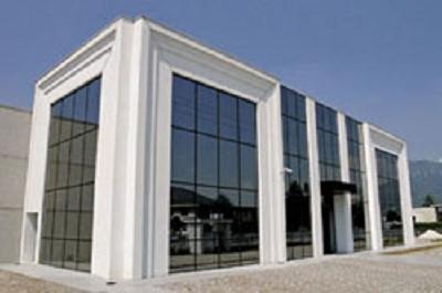 L 39 edile prefabbricati edilizia corte franca via roma 11 for Capannoni in legno prezzi