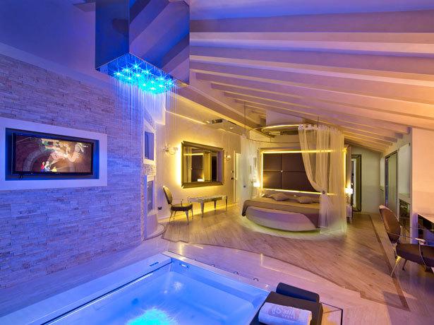 Camera Con Vasca Idromassaggio : Hotel camere con vasca idromassaggio a montichiari paginegialle.it