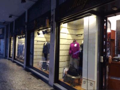 Maglierie vendita al dettaglio a Sesto san giovanni Viale Italia ... 07c7a64c7a5