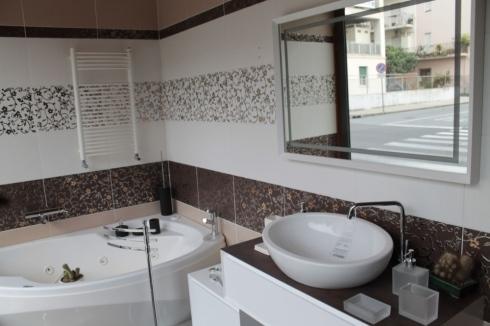 bagno lavabo arredo bagno vasca idromasaggio
