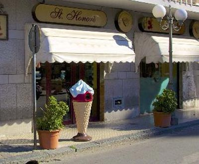 Bar Pasticceria Gelateria St. Honore'