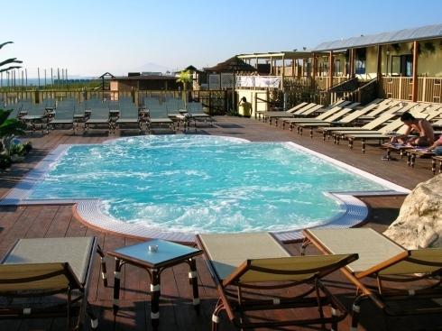 Emmedi piscine giugliano in campania via madonna del for Piscine 67