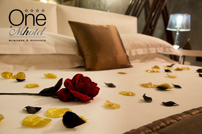 Hotel One Mhotel Business & Romance