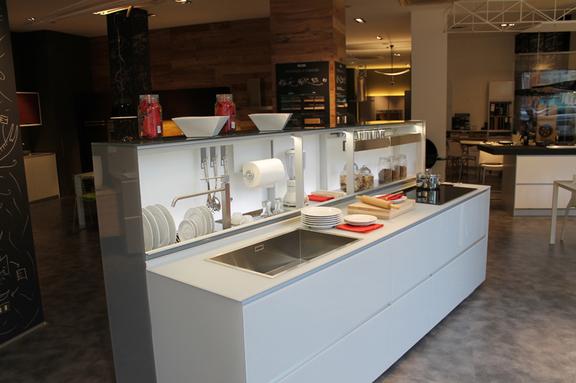 Arredamenti vendita al dettaglio attanasio arredamenti for Grande arredo mobili bari