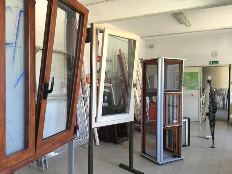 Serramenti ed infissi alluminio projeect infissi sud for Iva su infissi