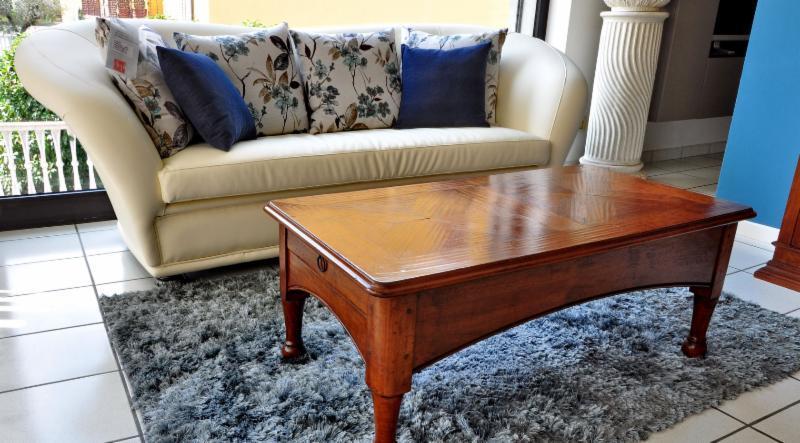 Mobili vendita al dettaglio mobilificio parola luigi for Vendita mobili modernariato