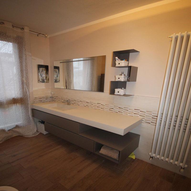 Bagno accessori e mobili bagno moda reggio nell 39 emilia for Casa di moda reggio emilia