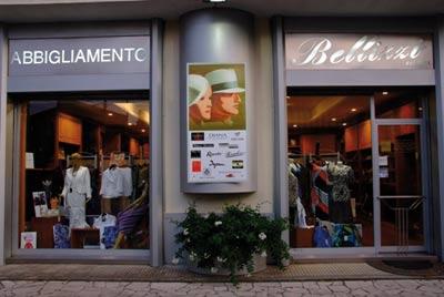 Abbigliamento uomo vendita al dettaglio a Trevignano romano ... 6f42da46c79