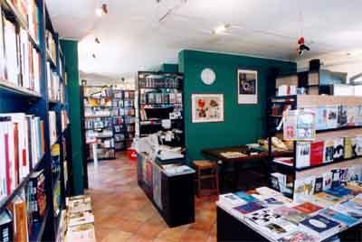 Libreria universitaria a Modena Via Emilia Centro | PagineGialle.it