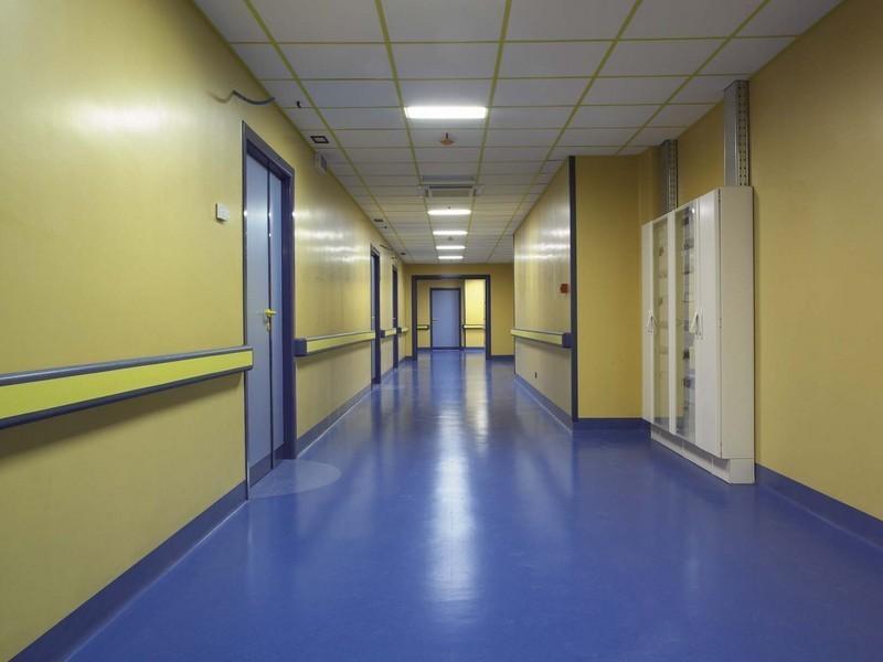 Linoleum pavimenti e rivestimenti pomezia via pontina km 31 200 - Piastrelle linoleum autoadesive ...