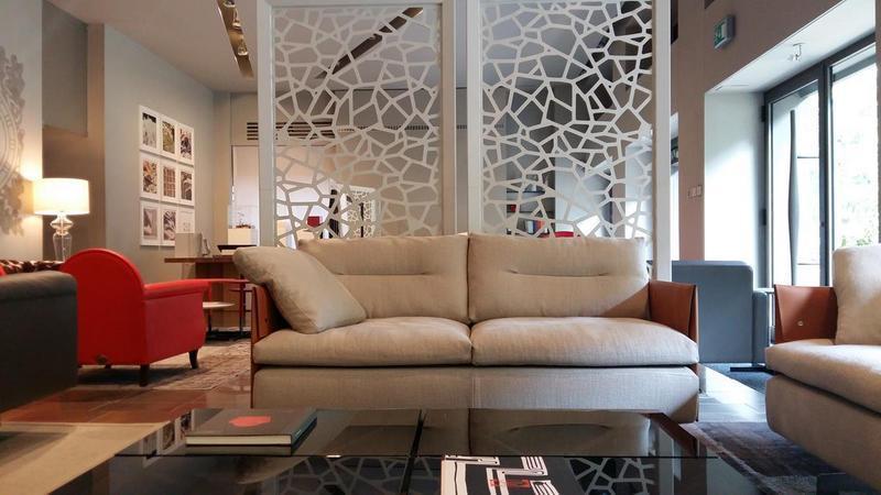 Eleganti poltrone e divani