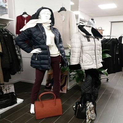 Maison 38 abbigliamento samarate via nino locarno 38 for Interno 09 abbigliamento