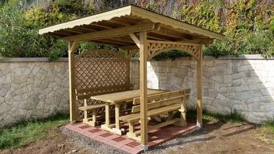 Pergolato legno impregnato su misura - grigliati - gruppo panca - pavimentazione - Garden Center Bernardi