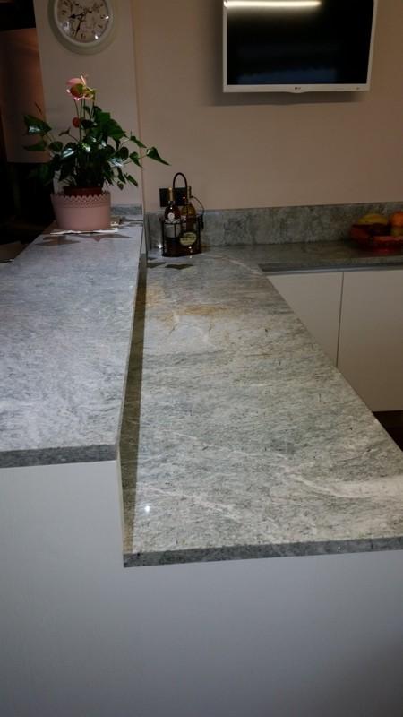 Muretto in marmo