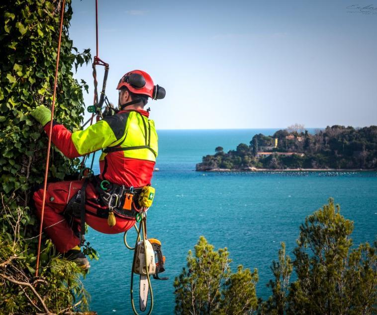 manutenzione verde Antonio Poli La Spezia