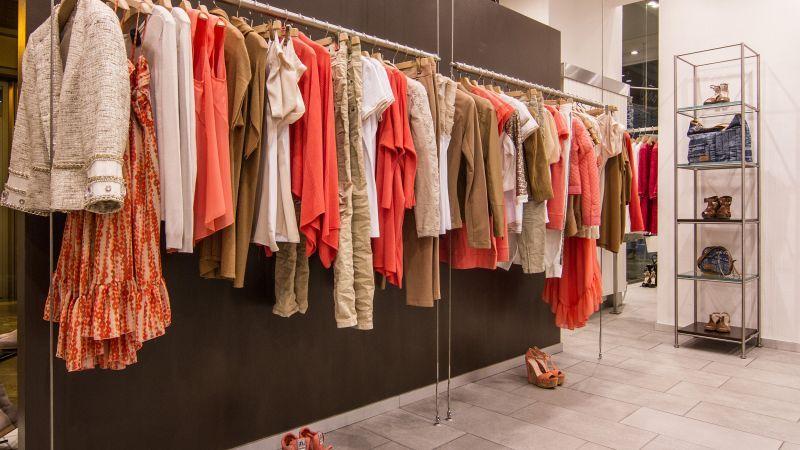 Cardiff Abbigliamento e Calzature f05d5869609