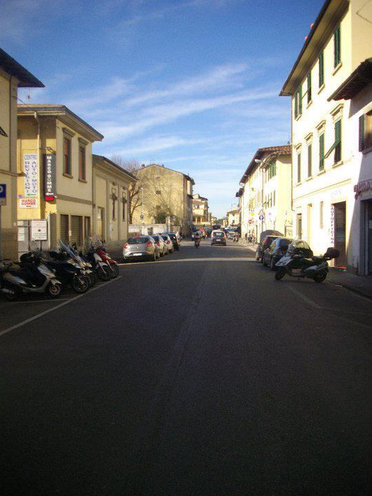 Moto Honda A Firenze Via Di Rifredi Paginegialleit