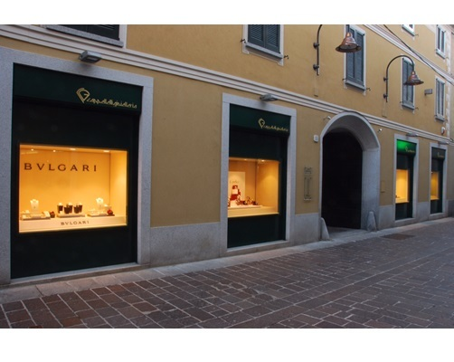 Via Torriani 2 20026 Novate Milanese.Gucci A Guanzate Paginegialle It