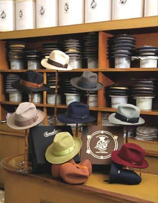 Cappelli classici a Cento  288f42607734