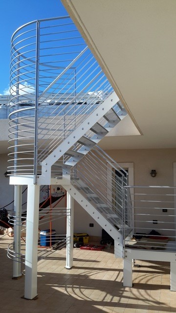 attico vetro inox