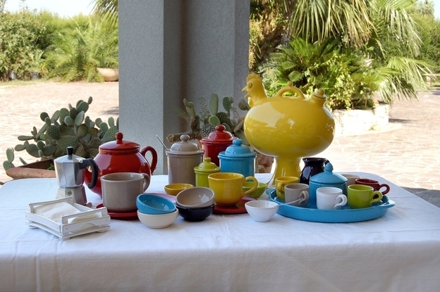 Servizi da tavola in terracotta