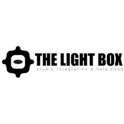 Studio Fotografico The Light Box - Fotografia - servizi, studi, sviluppo e stampa Antey-Saint-Andre'