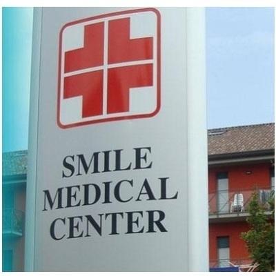Smile Medical Center - Dentisti medici chirurghi ed odontoiatri Alme'