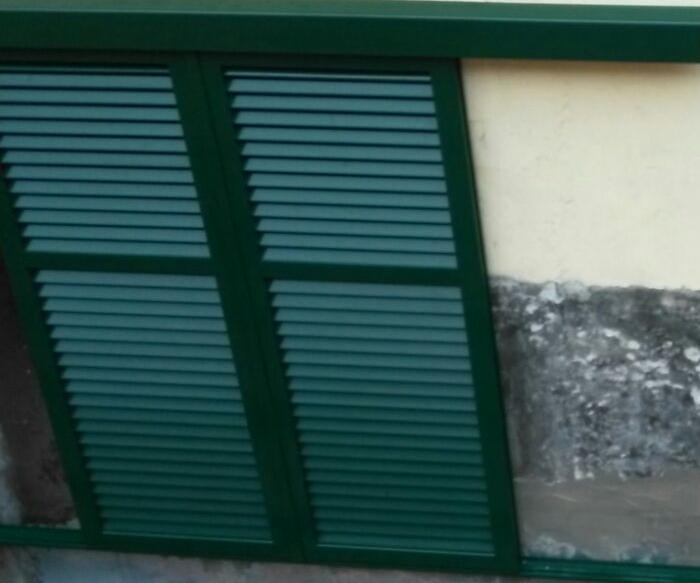 Persiane in alluminio scorrevoli esterno muro