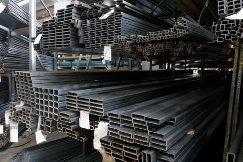 Tubi strutturali in acciaio e ferro