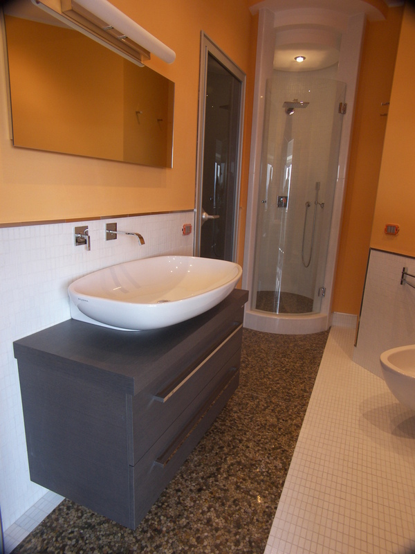 Preventivo per di froscia marmi campobasso paginegialle casa for Arredo bagno aperto domenica