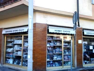 Scarpe da donna a Firenze Via di Novoli  daebf18e7d6