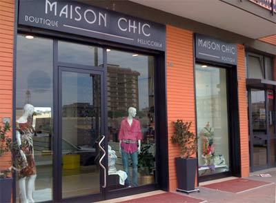 Abbigliamento donna a Bari Via Giuseppe Re David  a36f06f8337e